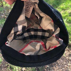 Burberry newsboy cap size medium